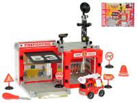 Stanice hasičská šroubovací 67 ks s autem 10 cm na setrvačník