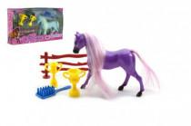 Kůň s hřívou česací a doplňky plast - mix barev