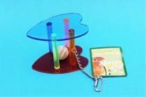 Hračka pták akryl Míček v kleci (srdce) MartyPet 17 x 8,5 cm