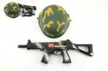 Vojenská sada samopal 31cm na setrvačník jiskřící+helma/přilba