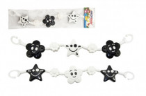 Řetěz/zábrana kytička,hvězdička plast 45cm černobílá