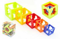 Kubus pyramida skládanka hranatá plast 12m+