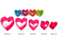 vykrajovátko cukroví SRDÍČKO plastové, sada 5díl. - mix barev
