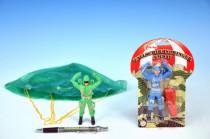 Parašutista voják plast 11cm s padákem - mix variant či barev