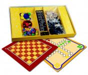 Soubor her 7 společenská hra dřevo